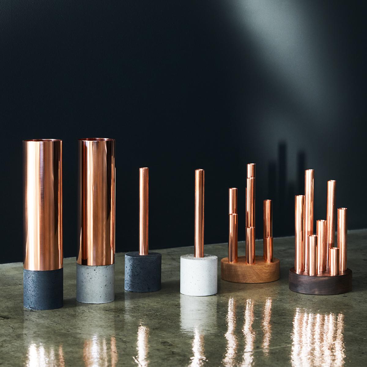すべてデザイナー・池田圭一氏による手作業での製作。だから、ひと月に製作できる数量も限られています。無造作に挿すだけで「絵」になる、銅管の一輪挿し・花瓶・フラワーベース|BULBOUS