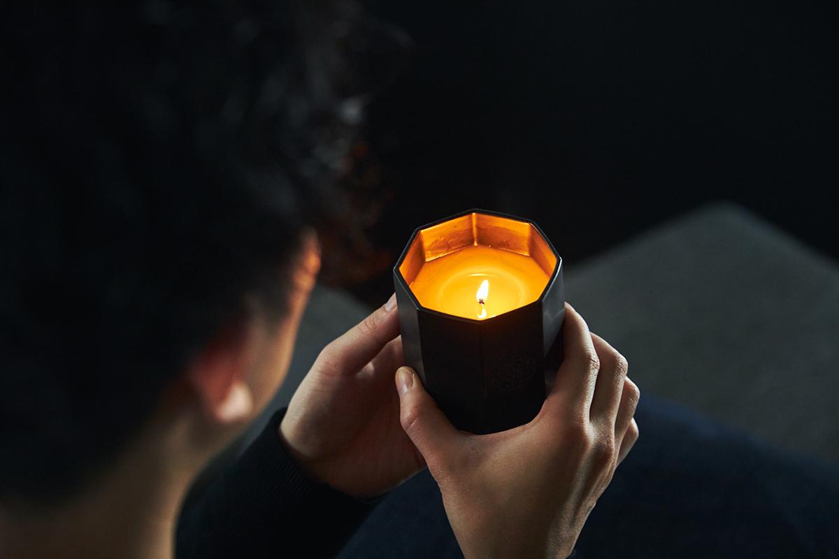 深呼吸したくなる日本の樹木の香り、誰もが心地よさを感じるインセンススティック(お香)とリフレッシャーミスト(ルームフレグランス)