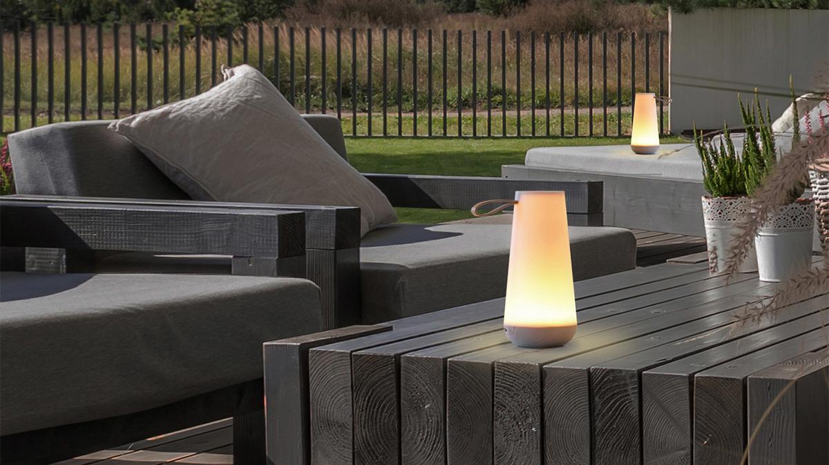 お庭やルーフトップ|「パーティモード」なら、大人数でのイベントも盛り上がる。「音」と「光」の調和するワイヤレスHi-Fiスピーカー|Pablo UMA MINI