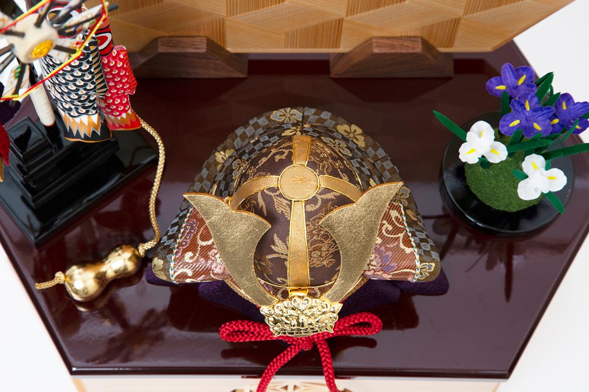 6つの日本伝統工芸をコンパクトにした、木目込の「プレミアム・コンパクト五月人形」| 宝輝 | 柿沼人形