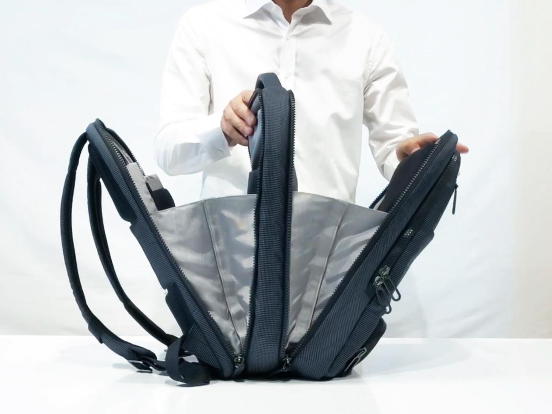 180°開く収納部で仕事道具も着替えもすっきりと収納できる、旅行や出張に役に立つバックパック|NAVA