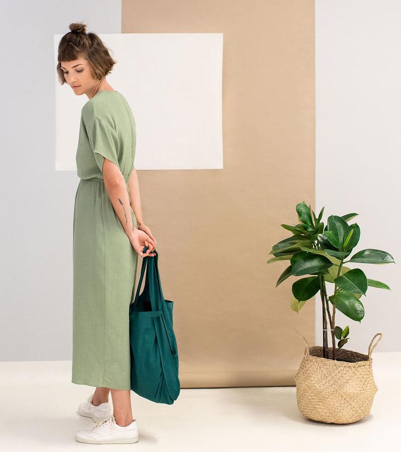 トート|体型や年齢を問わない、誰でも使いやすいデザイン。トートとリュックを一つにしたスマートなエコバッグ|notabag(ノット ア バッグ)