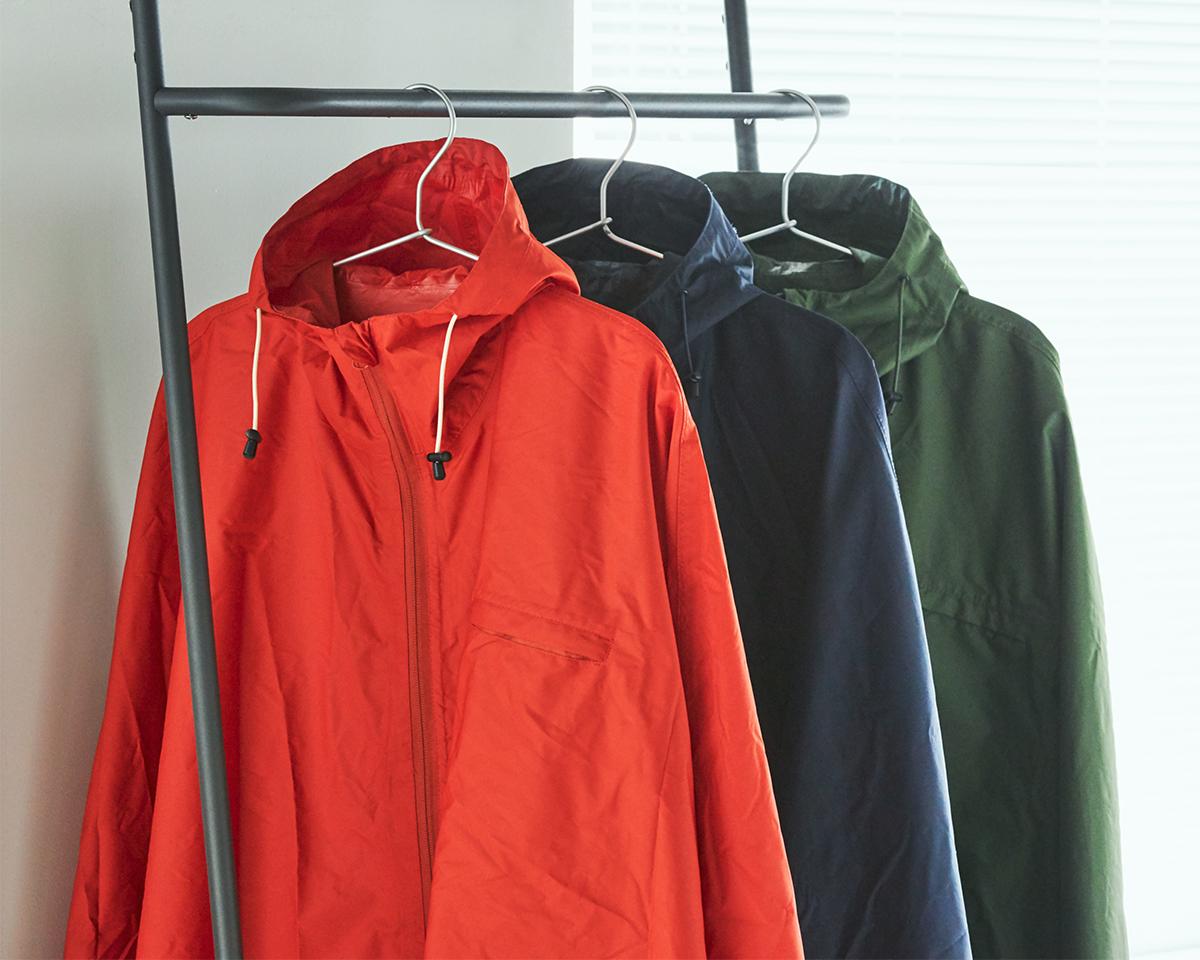 『U-DAY PONCHO』は、傘専門のビコーズ(1994年創業)の隠れた人気作。雨の日も両手フリー、濡れない、蒸れにくい「ポンチョ」|U-DAY PONCHO(ユーデイ ポンチョ)