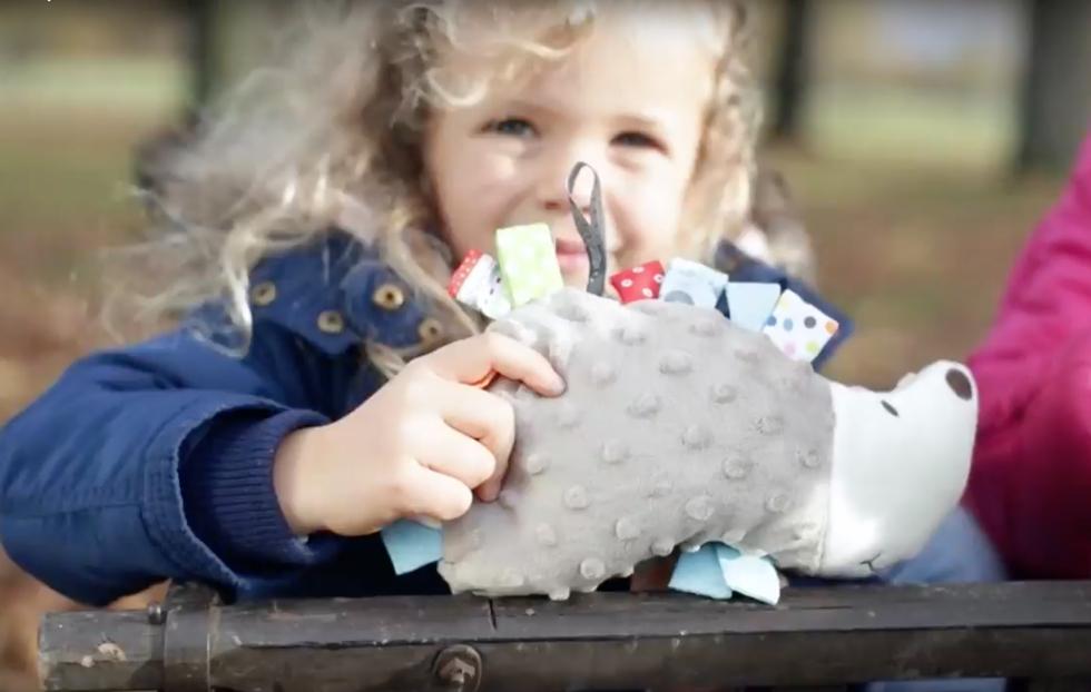 小さなお子さまが抱きしめても安全なぬいぐるみ湯たんぽ・ハリネズミ
