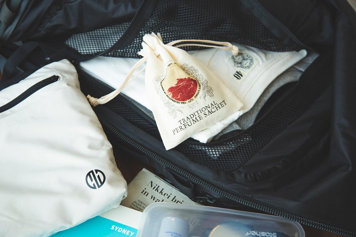 《旅行バッグやスーツケースに》飛行機内の手荷物に入れて持ち歩けるサシェ・匂い袋・香り袋|タイ王室御用達のアロマブランド『KARMAKAMET(カルマカメット)』