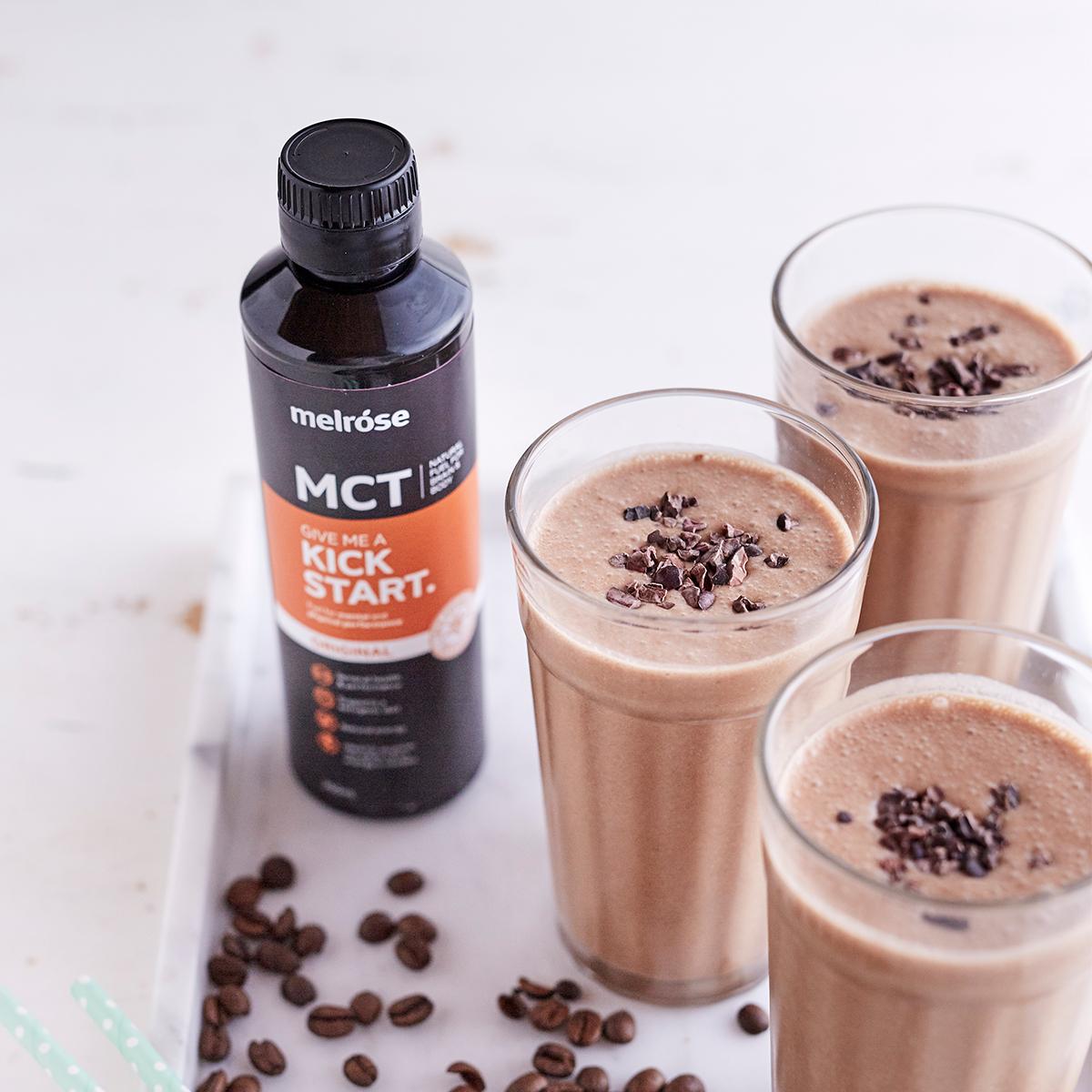 空腹や疲れを感じた時、運動・トレーニング、ダイエット時におすすめ。脂肪をエネルギーに素早く変えるオーガニックのMCTオイル|MELROSE KICKSTART(メルローズ キックスタート)
