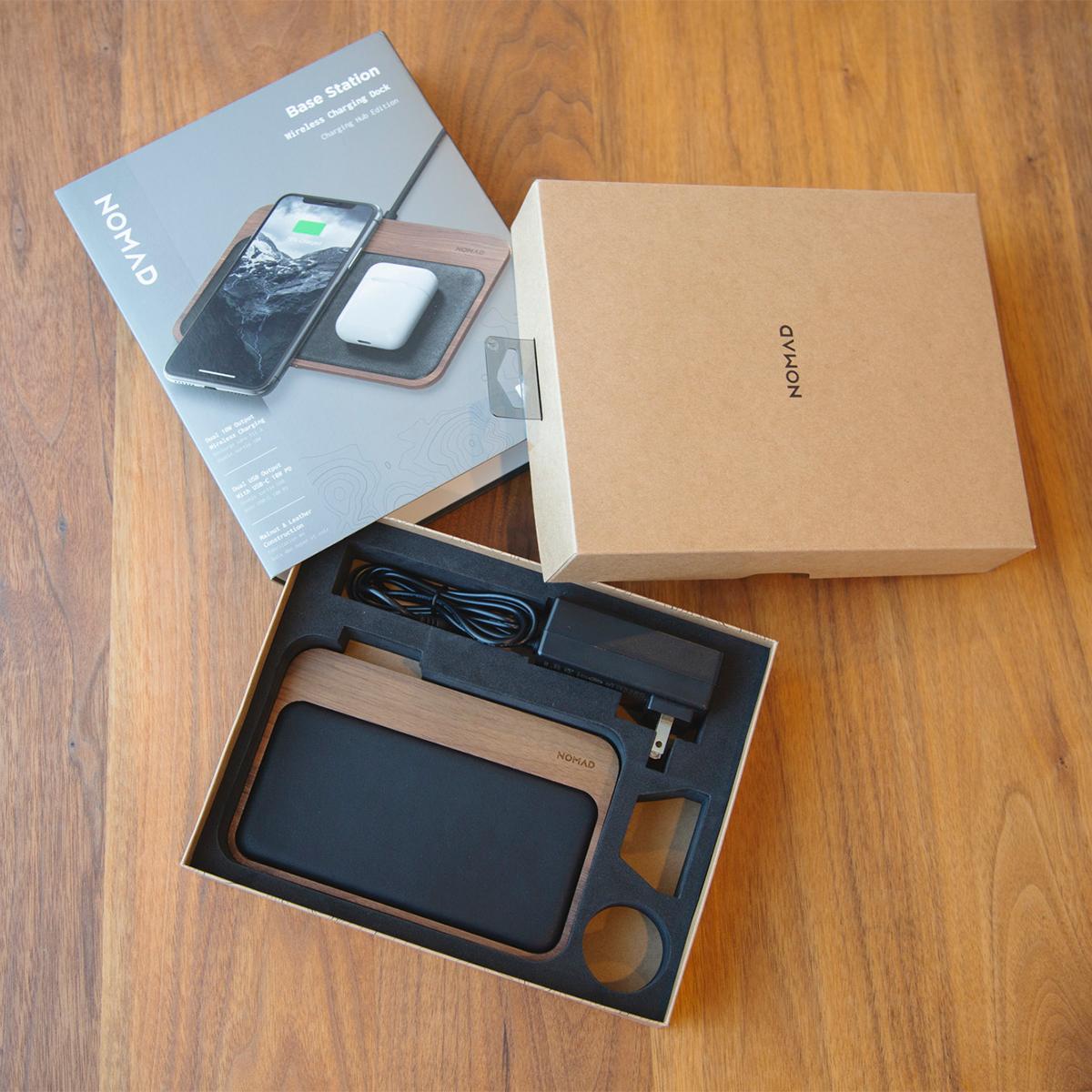 パッケージ内容|iPhone、AirPodsを飾るようにまとめてチャージ、2つのUSBポートを備えたおしゃれな「ワイヤレス充電ベース」| NOMAD | Base Station