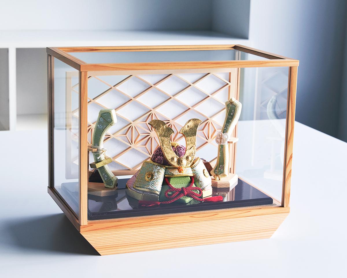 柿沼 東光(経済産業大臣認定伝統工芸士)× 大沼 敦(工業デザイナー)によるモダンなアレンジ。日本伝統工芸をコンパクト・モダンに。リビングや玄関に飾れる「プレミアム兜飾り・五月人形」