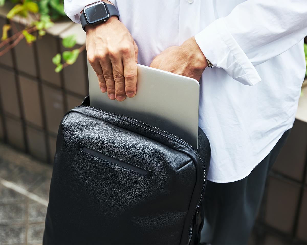 おしゃれでミニマルで都会的な印象のデザイン 防水レザー、超軽量、直感ポケット付きの日本製レザーバッグ PCバッグ・トートバッグ・リュック・バックパック FARO(ファーロ)