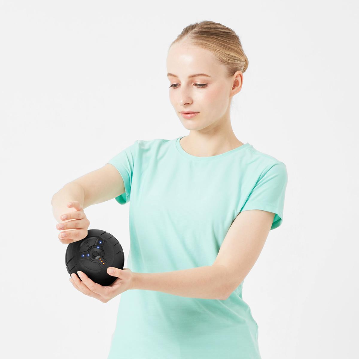 毎分4000回の振動で、筋肉を奥深くから揺さぶるストレッチボール|Dr.Air 3Dコンディショニングボール