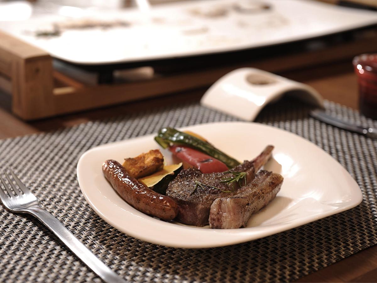 食材自体の美味しさを丸ごといただける、テーブルグリルプレート・ホットプレート|PRINCESS社 Table Grill Mini