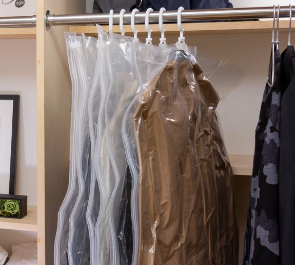 ジャケットもコートもハンガーごと収納OK、シワ・型崩れ知らずの衣類圧縮バッグ|vacuum seal hanging bag