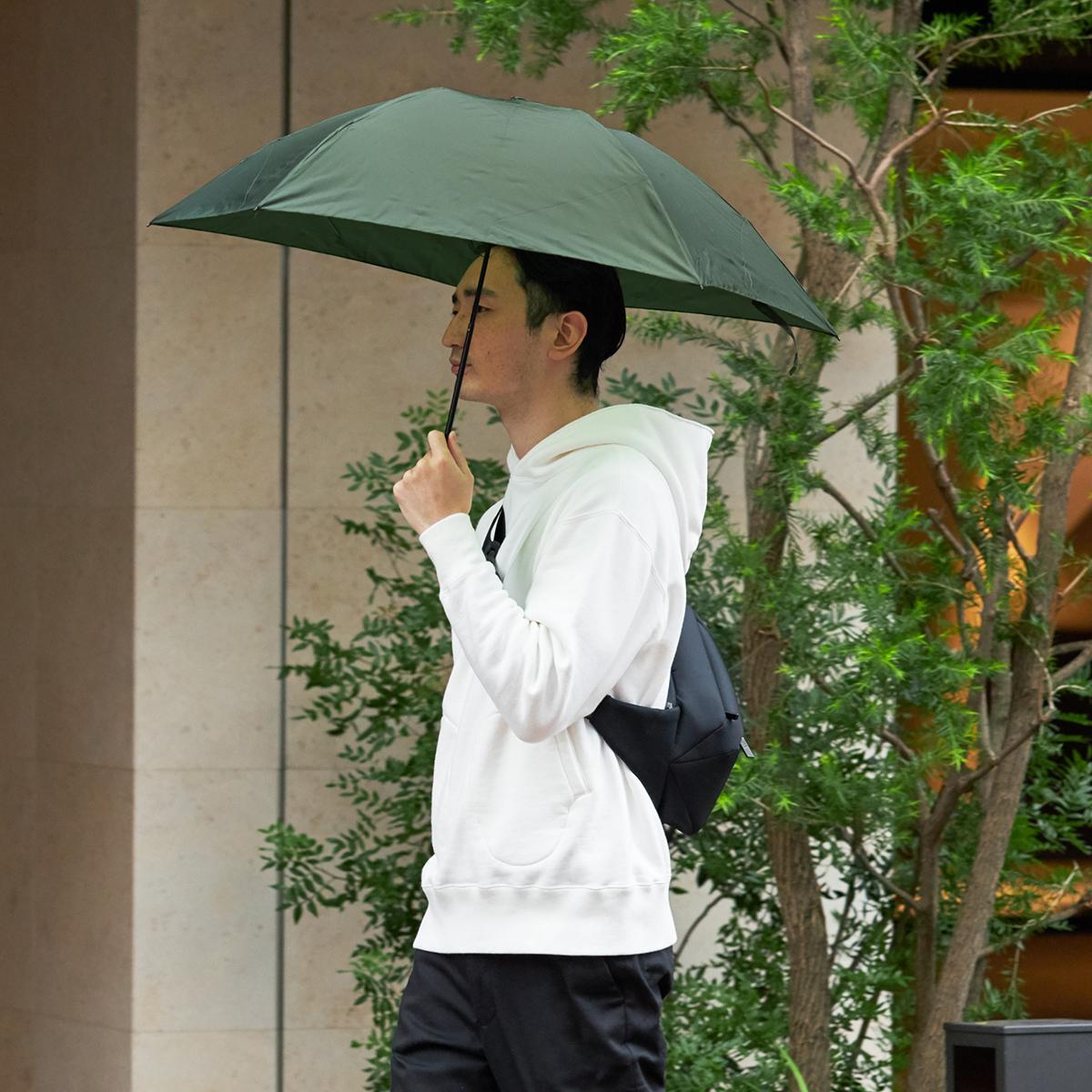 こんなに軽くて細いのに、強風に耐え、壊れにくいという、傘としての頼もしい構造も特筆モノ。水はじきバツグン、極細なのに耐風構造の「世界最軽量級折りたたみ傘」|Pentagon72