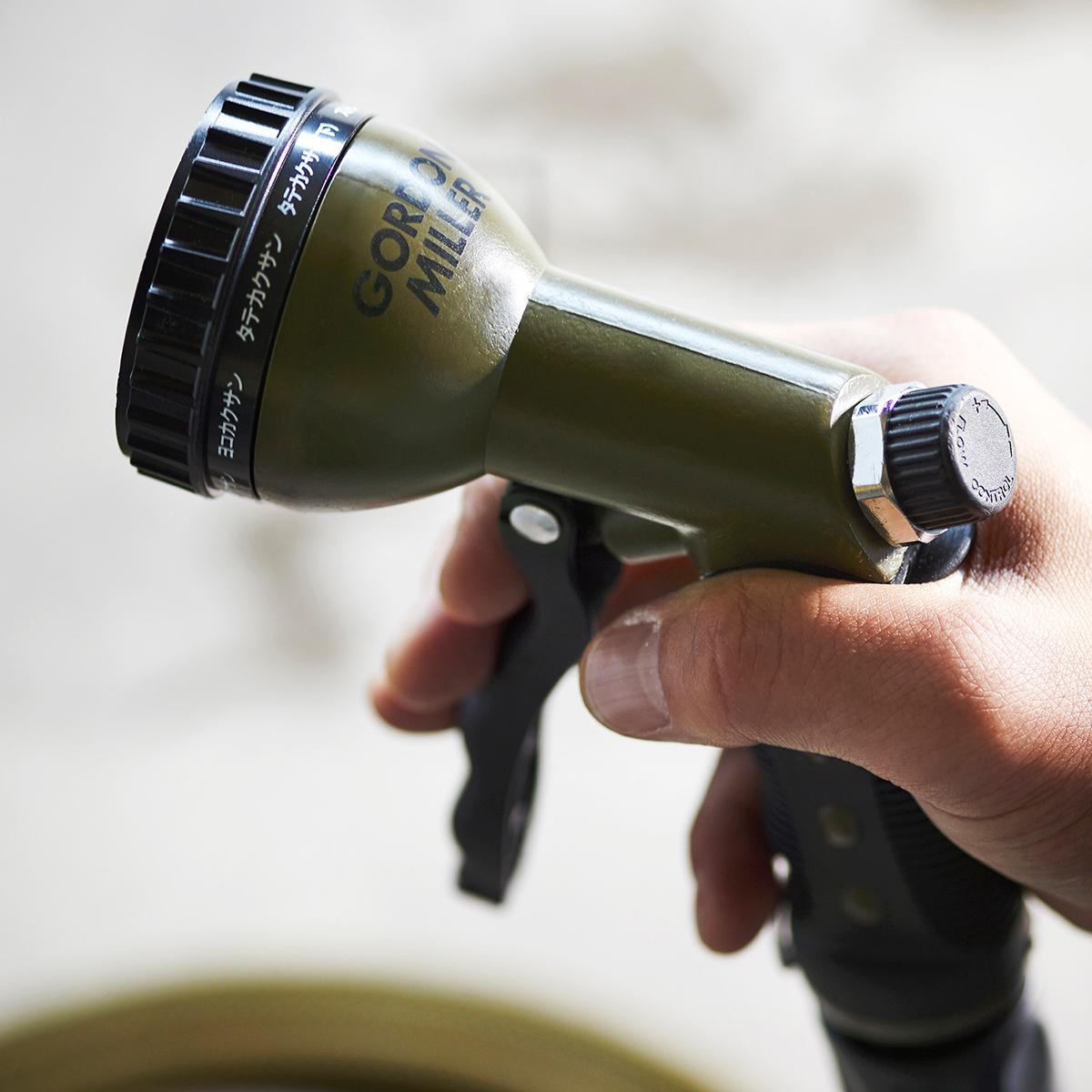 ほかではちょっと見ない、おしゃれな掃除道具。カー用品のオートバックスから生まれた『GORDON MILLER』(ゴードンミラー)