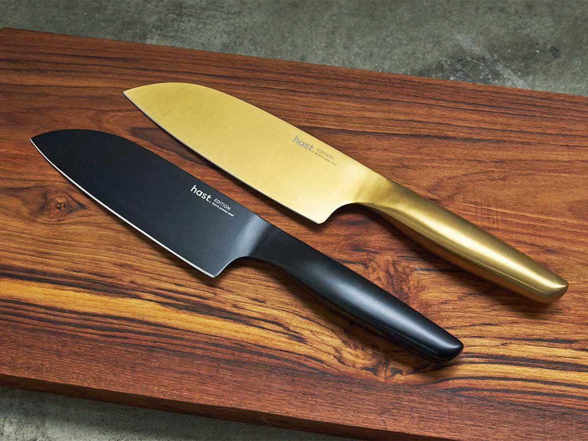 肉・魚・野菜に幅広く使える「シェフズナイフ」。極薄刃でストレスフリーな切れ味、野菜・肉・魚に幅広く使える「包丁・ナイフ」|hast(ハスト)
