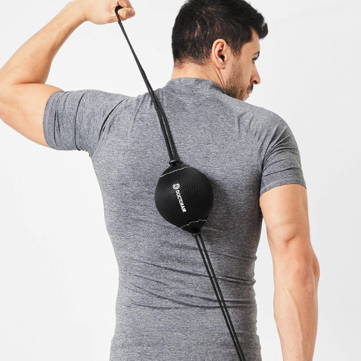 筋肉を、深く狭く、揺さぶって、滞りがちな血行も刺激。パワフルに振動するストレッチボール|Dr.Air 3Dコンディショニングボール