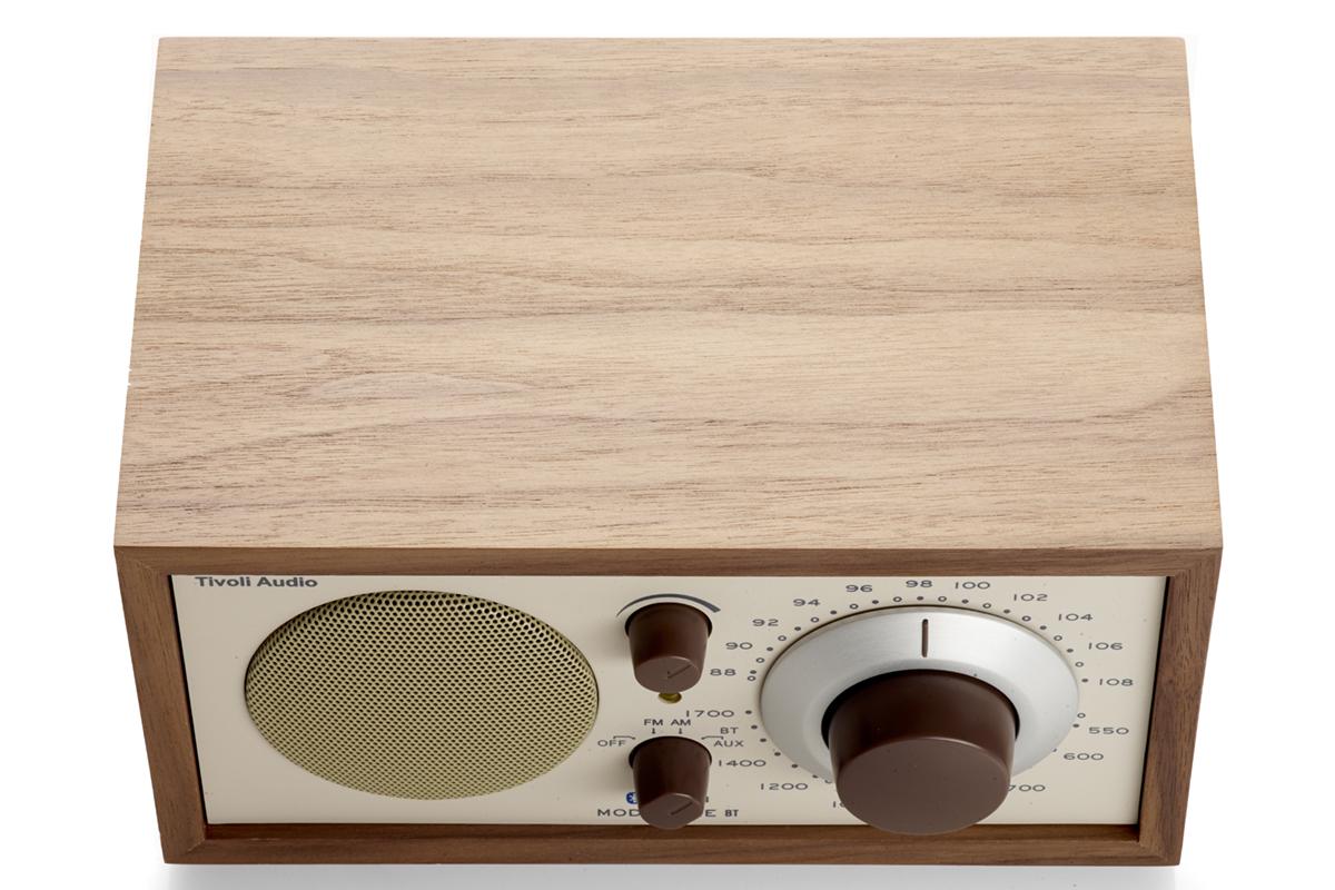 ノイズが少なく、自然な奥行きのある音を表現できるアナログラジオ|Tivoli Audio