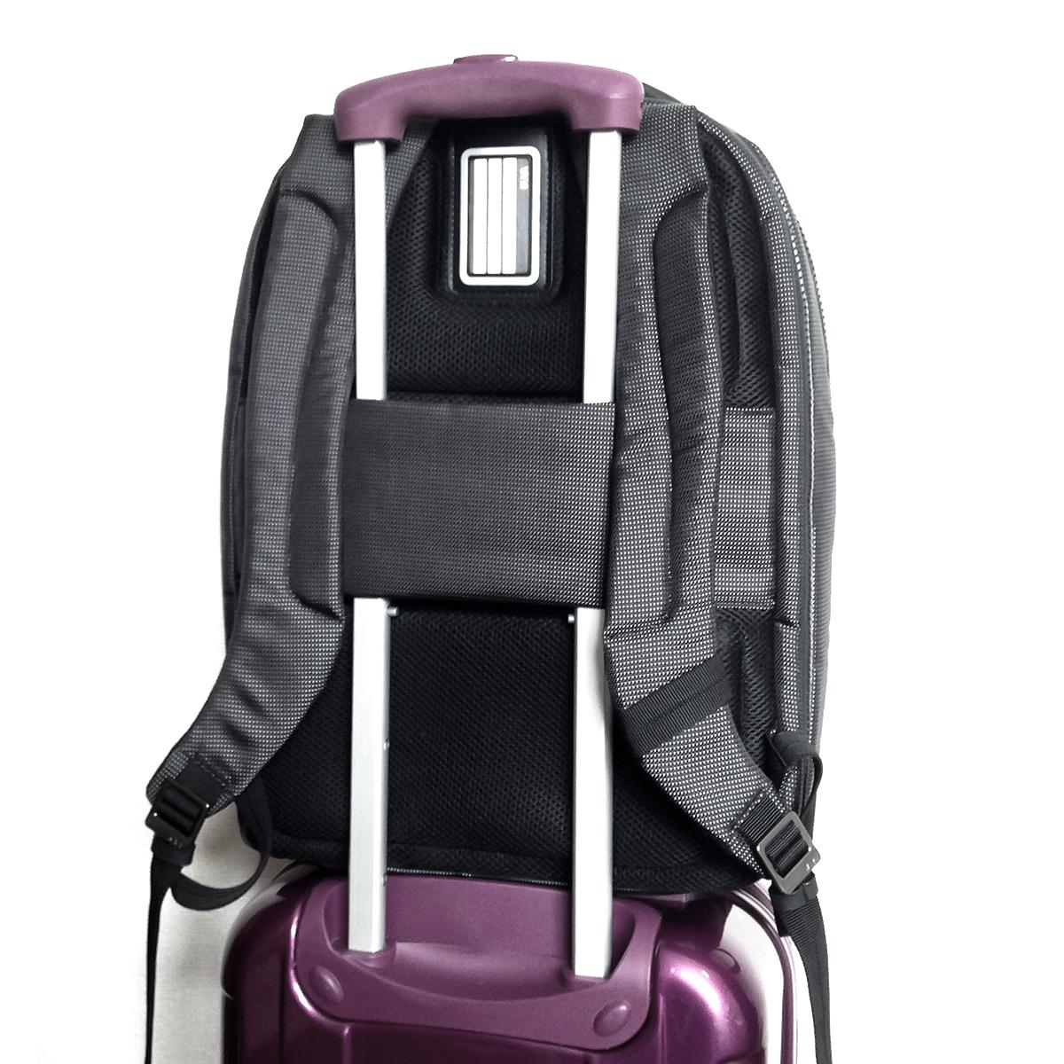 トロリースリーブ|180°開く収納コンパートメントだからスマートに収納できる。出張や旅行にぴったりのバックパック|NAVA