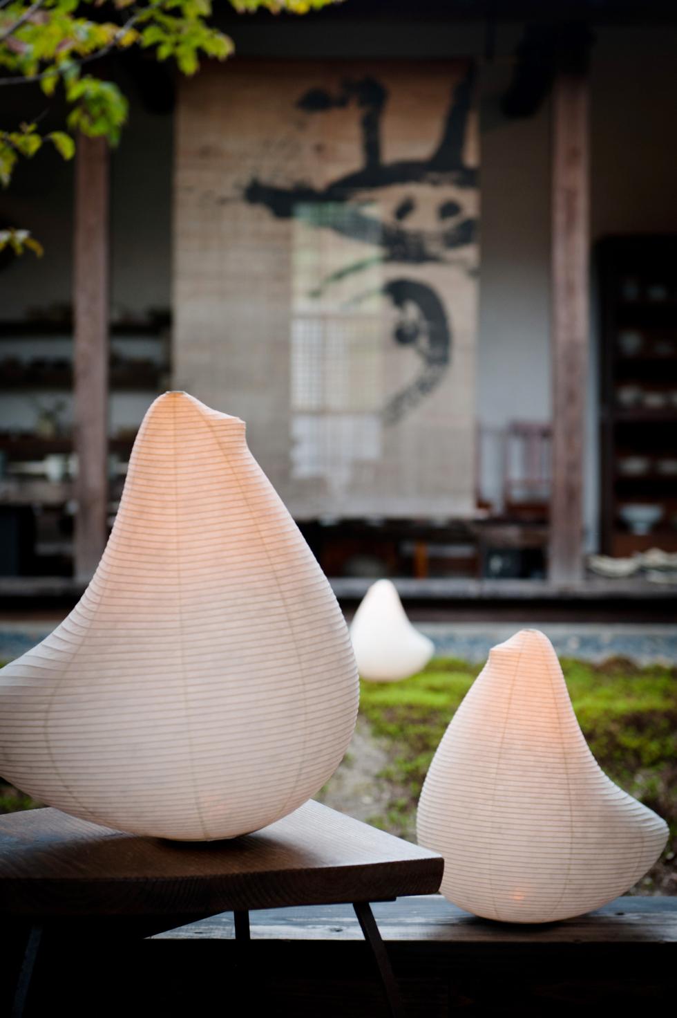 日本の伝統文化の明かりでモダンなリラックス空間を作る 提灯型ランプ(インテリア ライト 照明)|とり - 鈴木茂兵衛商店 SUZUMO CHOCHIN(すずも提灯)