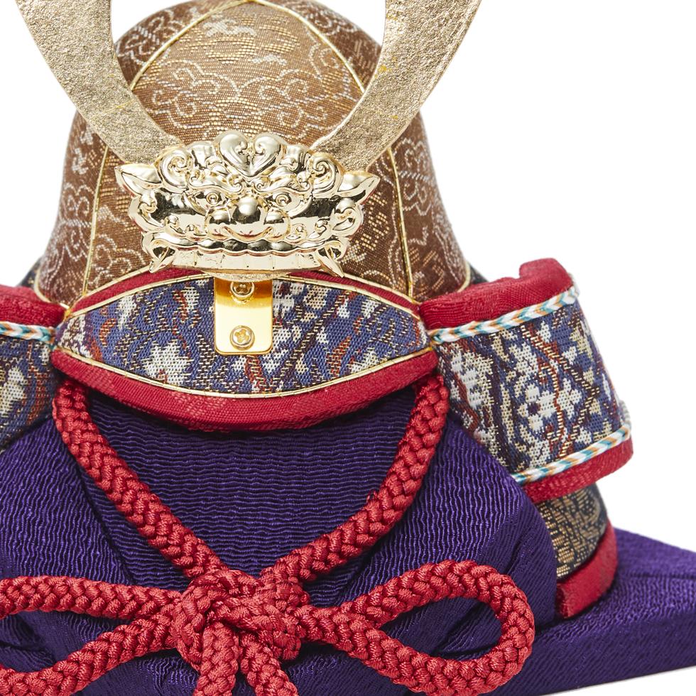 2. 生地:京都西陣織|6つの日本伝統工芸をコンパクトにした、木目込の「プレミアム兜飾り」| 宝輝 | 柿沼人形