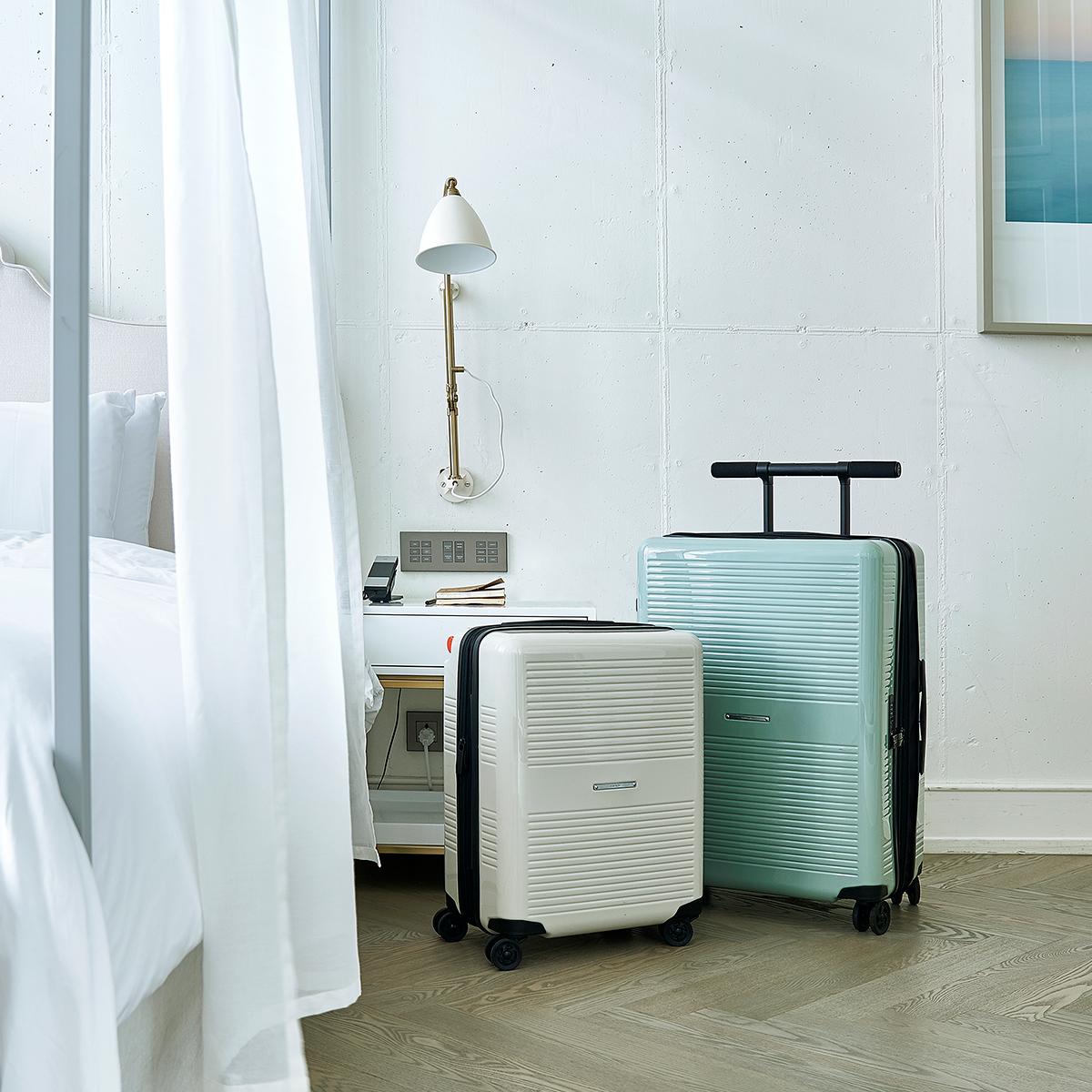 家族やパートナーとの旅行で一緒に使えて便利。大小ふたつのサイズを「入れ子収納」できる、機内持ち込み用(37L)&長期旅行用(72L)スーツケースセット| RAWROW | R TRUNK LITE