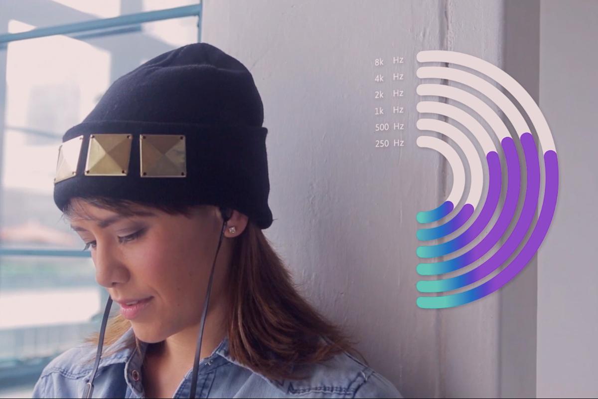一人ひとりの聴覚に合せて、必要な音だけを増幅する、聴覚テストで音質を最適化するポータブルアンプ AUMEO AUDIO