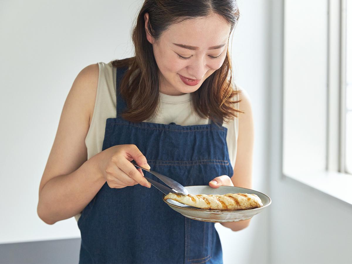 フライパン感覚で、手軽に使えるのに、美味しく焼ける魚焼き器|極厚炭グリルでパリッ、ふわっ、旨っ!コンロで手軽な「魚焼き器」|新潟・燕三条のオークス製の大人の焼魚 炭グリル