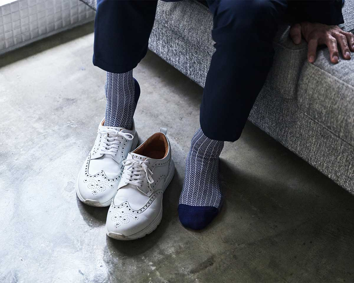 いやな足ムレが、いつもよりずっと少ない|消臭効果、サラサラ効果が続く、美濃和紙を使った和紙靴下・和紙ソックス