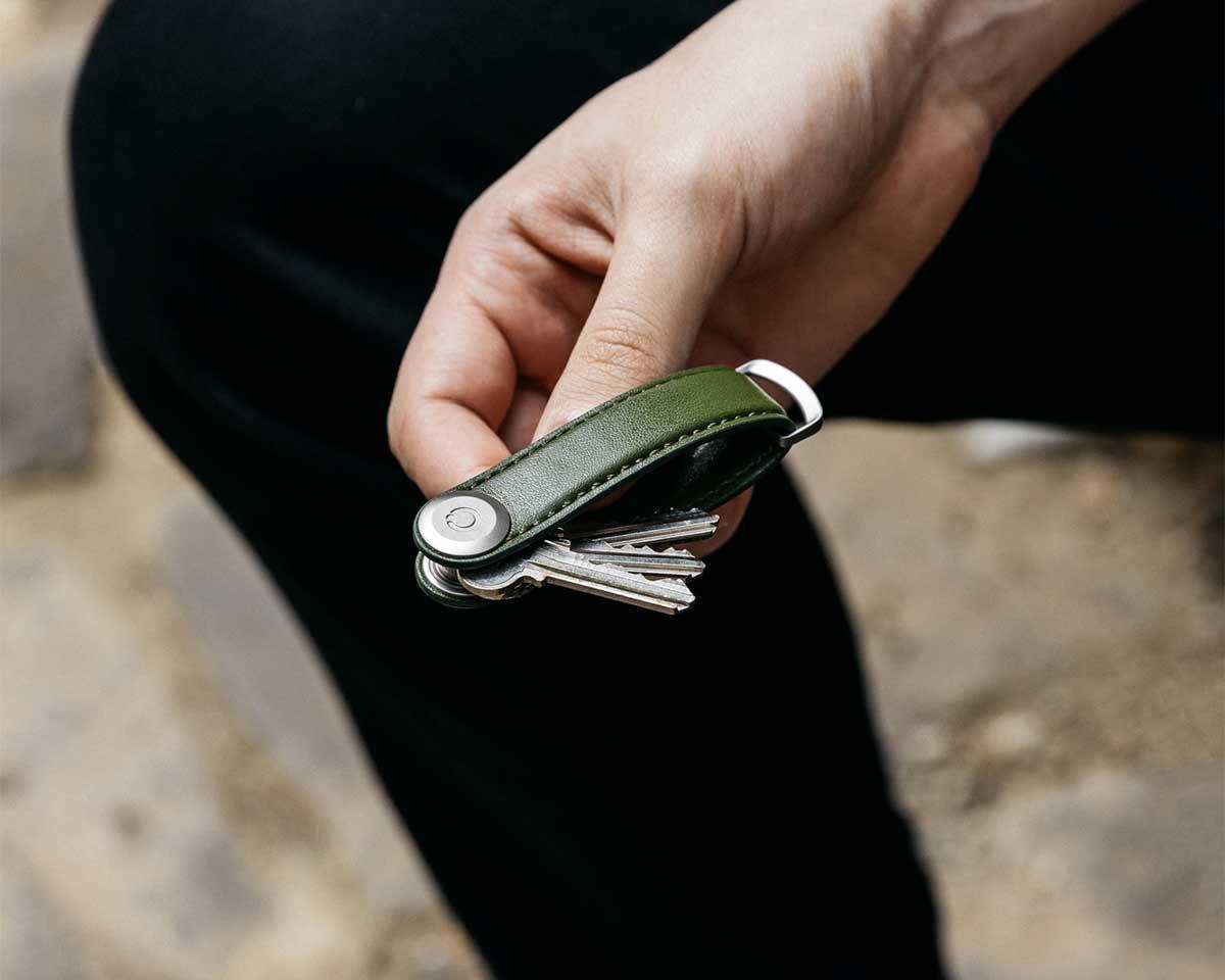 鍵収納を、徹底してデザイン。サボテンから生まれたエコレザーのキーホルダー(キーケース)|ORBITKEY(オービットキー)