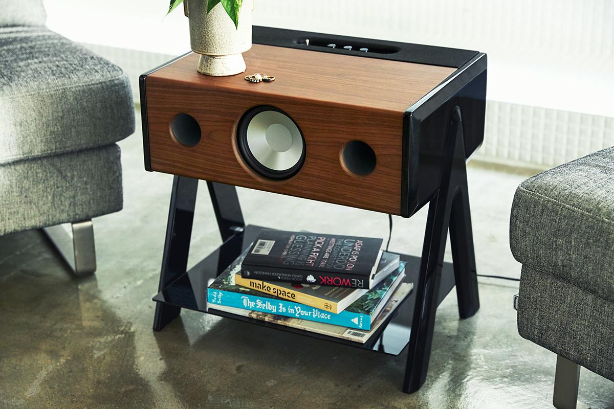 2010年、ティモシー氏が開発した音響技術、「Wide Sound2.0」は特許を取得。美しい家具のような高級スピーカー・オーディオ家具|La Boite Concept CUBE(ラ ボアット コンセプト キューブ)