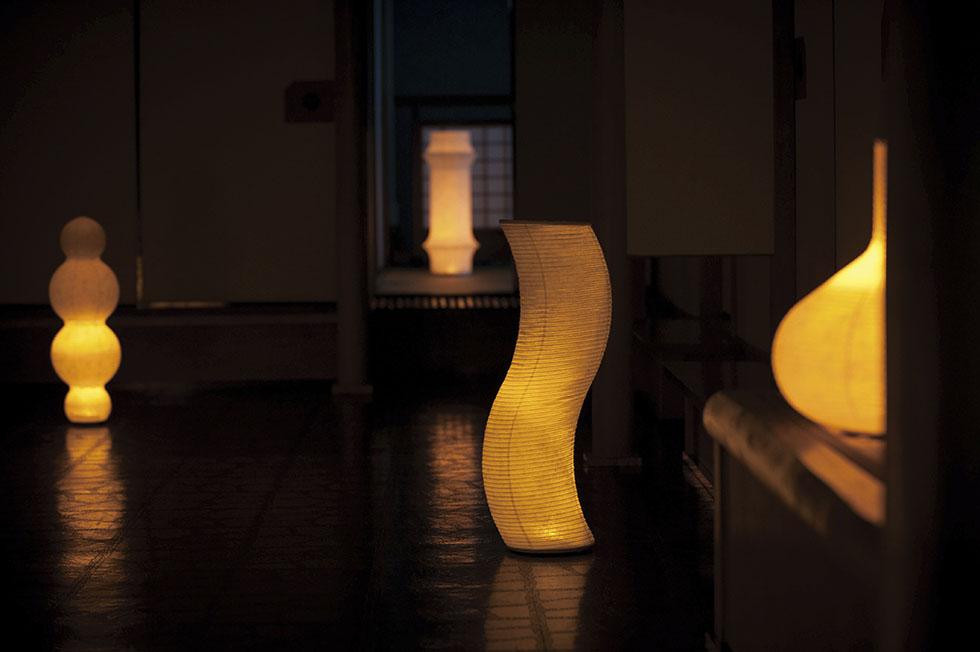 キャンドルのようなオレンジ色のゆらぐ光でリラックスできる空間になる提灯型ランプ(インテリア ライト 照明)| 松 - 鈴木茂兵衛商店 SUZUMO CHOCHIN(すずも提灯)