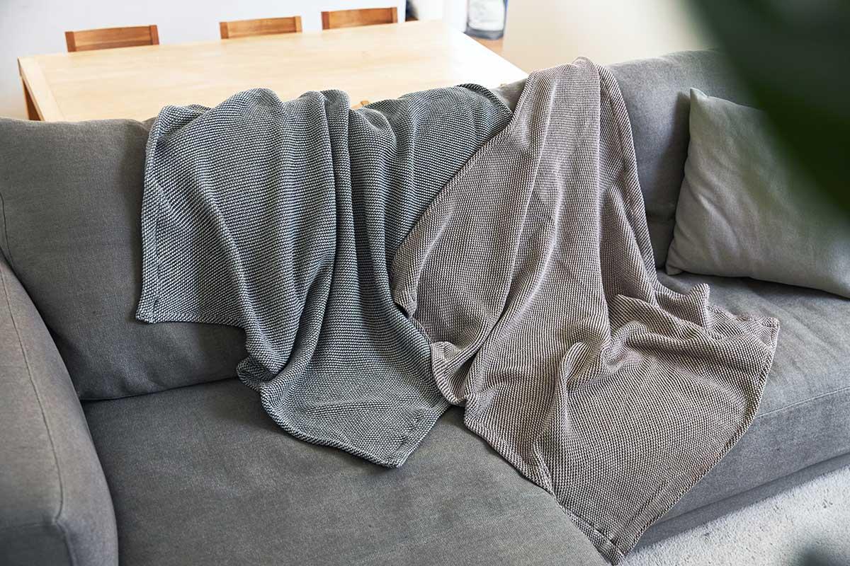 使い始めの日から、ふわっふわの柔らかさ。「熟睡」を追求した凹凸状のハニカム織りのハニカムケット(ワッフルケット)