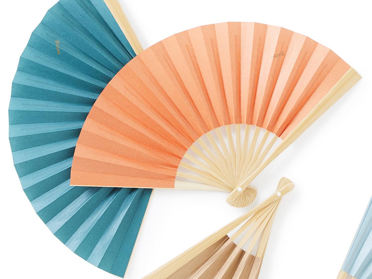 涼やかな趣きが感じられる、500年続く伝統製法で、小ぶりでもしっかりあおげる「京扇子」|MOYÖ 扇子