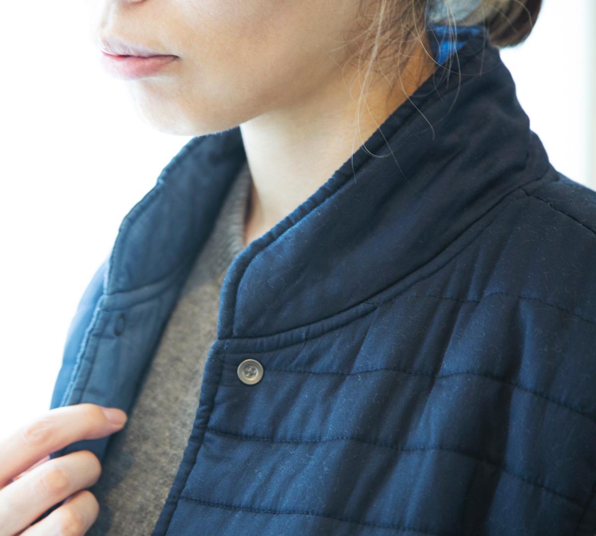 冷え対策は、まず首を温めることが大事。11種の天然鉱物の力で、軽くて暖かい(温かい)「中わた入りベスト」(インナーダウン)|IONDOCTOR(イオンドクター)