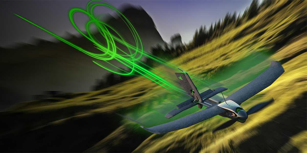 ドローン操作に慣れている上級者も楽しめる本格レーシング仕様の飛行機型ドローン|Toby Rich