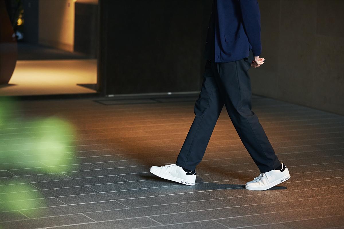 スッキリとしたデザインですが、細すぎないラウンドフォルムだから、指先までストレスフリーな履き心地。ゴミが、繊維に生まれ変わる!再生素材を使った、これからの「サステナブルスニーカー」|ECOALF