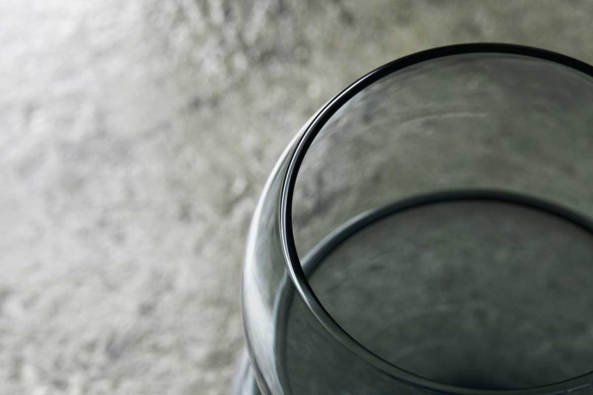 「縁」をつなぐという想いが込められた『双円』のグラスは、大切な人への贈り物にもぴったり。<持ちやすさ、使いやすさ抜群。丸みとくびれのあるお洒落なデザイン|双円(そうえん)のグラス