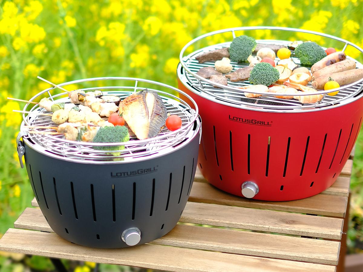 どこへでも運べるコンパクトサイズ。テーブルの上で楽しめる。ホットプレート感覚の「炭火焼グリル」(コンパクト・軽い、ミニ、スモールサイズ)|Lotus Grill
