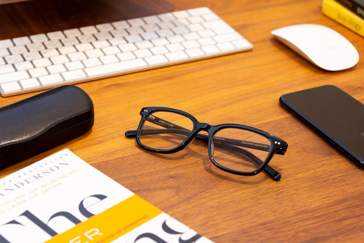 6種類のレンズ度数から選べる|着けたままカフェへ、紫外線&ブルーライトもカット。人前でかけたくなる、お洒落なセルロイド製「老眼鏡」(MONOCOオリジナル企画)|LAUGHWRINKLES
