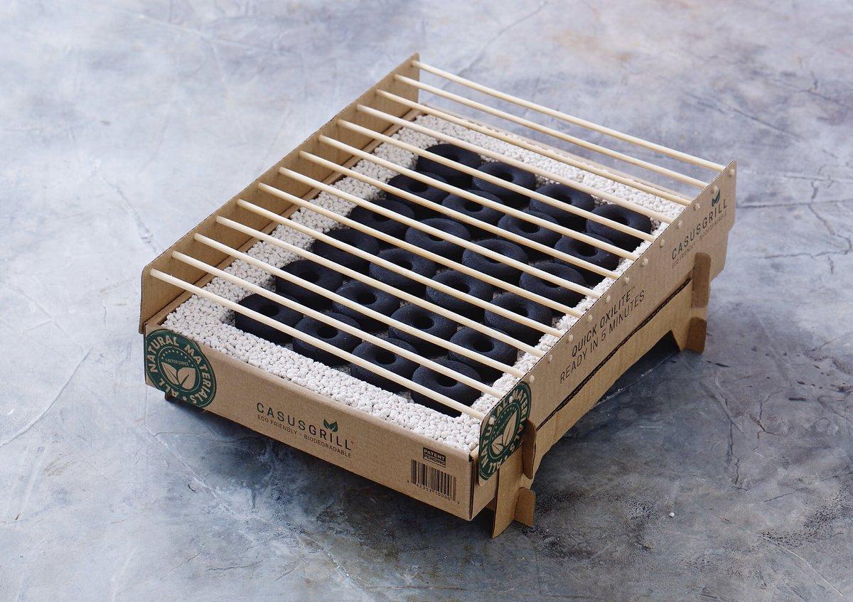 バーベキュー後は丸ごと「捨てるだけ」、100%天然素材の使い捨てバーベキューグリル|Craft Grill
