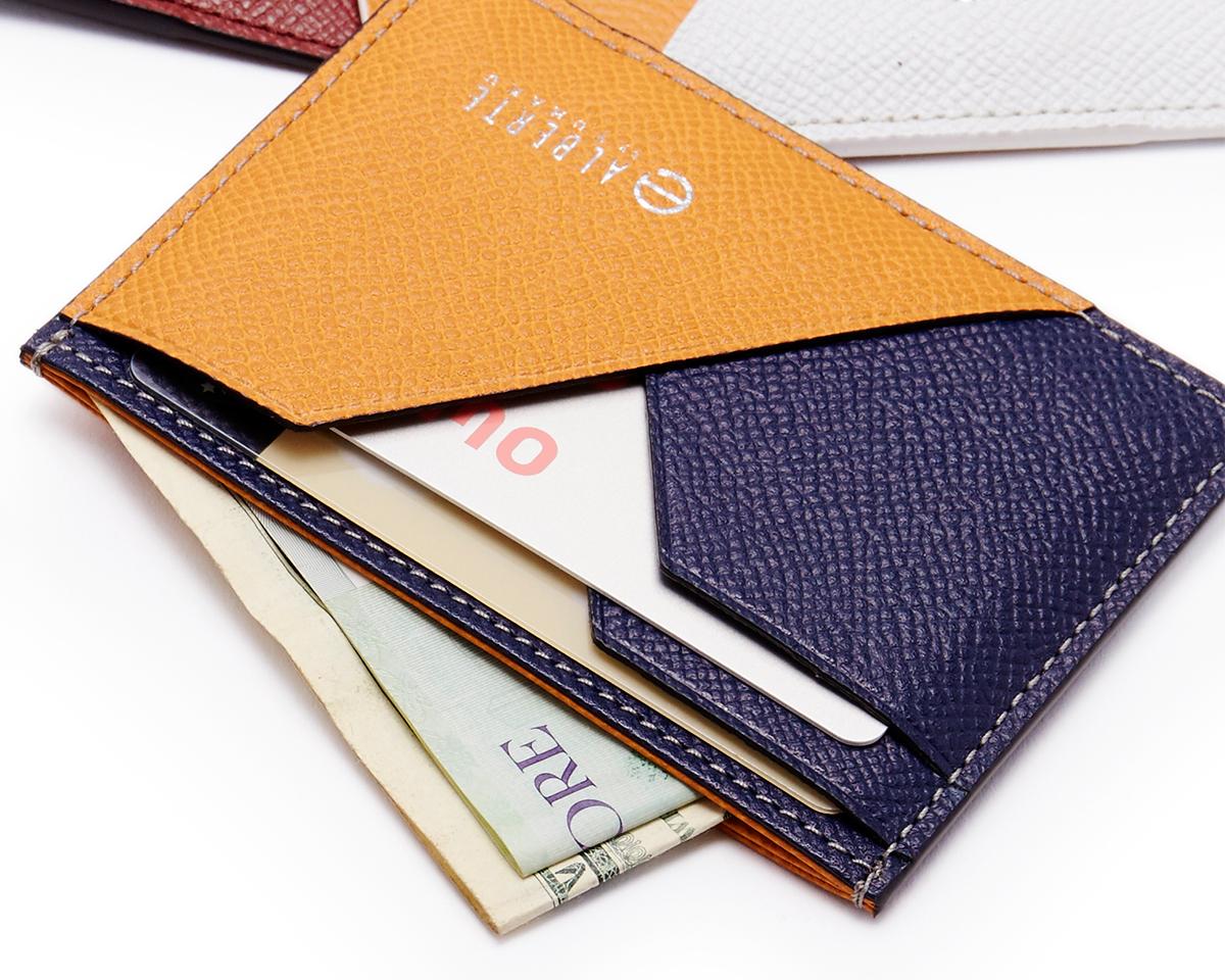 使い勝手の良い紙幣入れ。無理なくミニマムを極めた、「薄い財布」の傑作(長財布、二つ折り財布、パスケース、カードホルダー)|ALBERTE