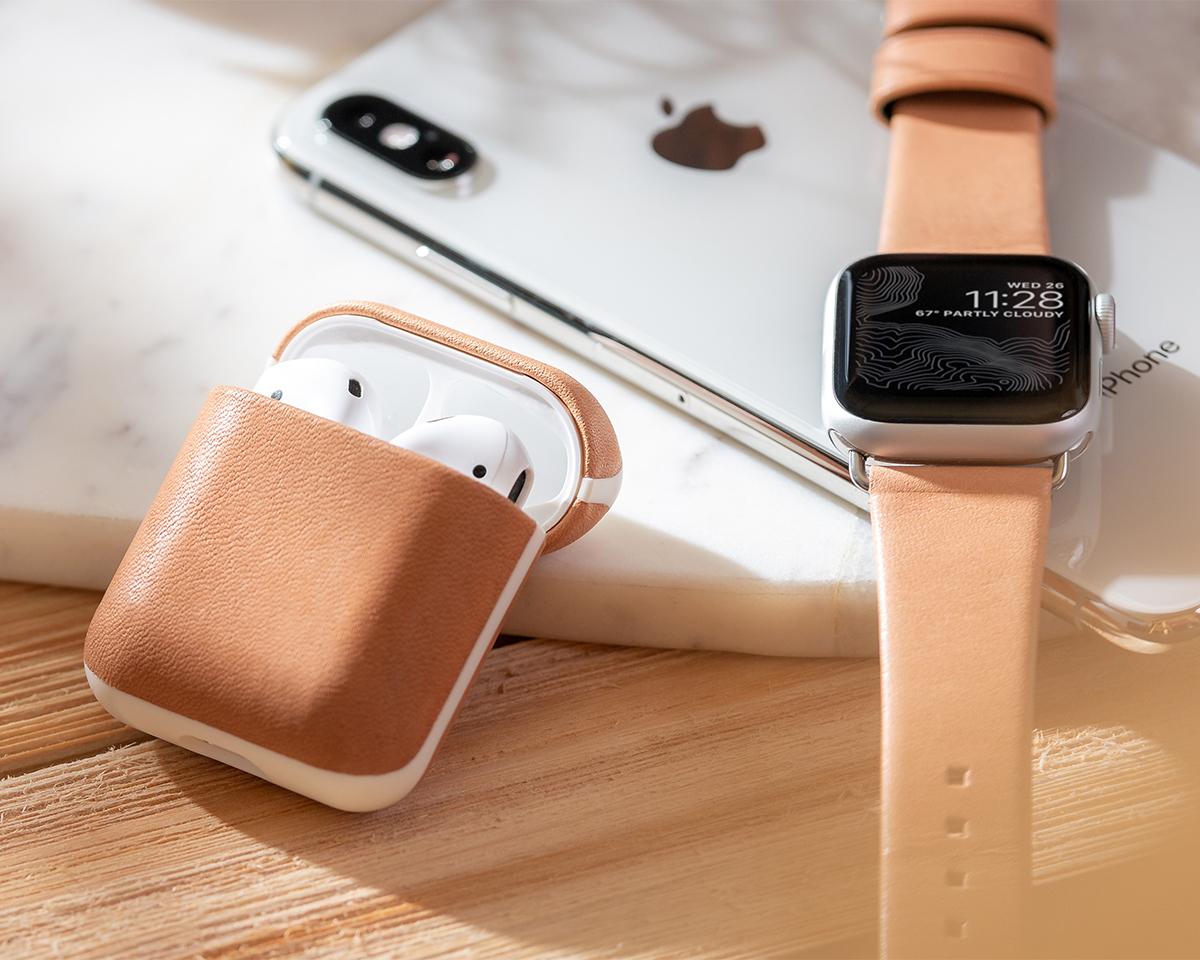 一緒に過ごした時間が、そのまま魅力となって変化する楽しみがあるAirPodsケース・Apple Watchバンド|NOMAD