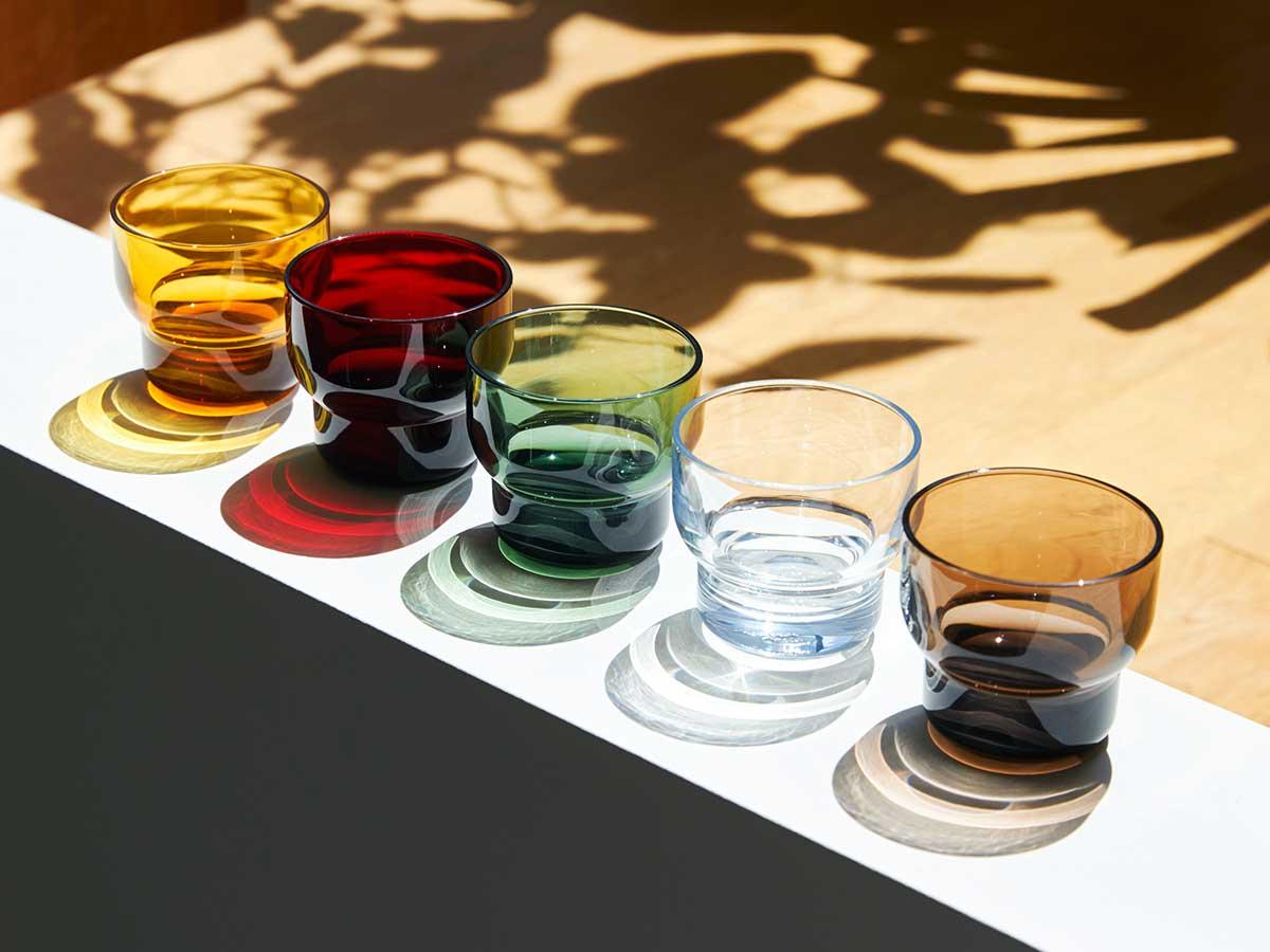 思わず触れたくなる、美しいガラスのようなみずみずしさ。ずっと割れない保証付き、落としても割れない「樹脂製グラス」|双円(そうえん)