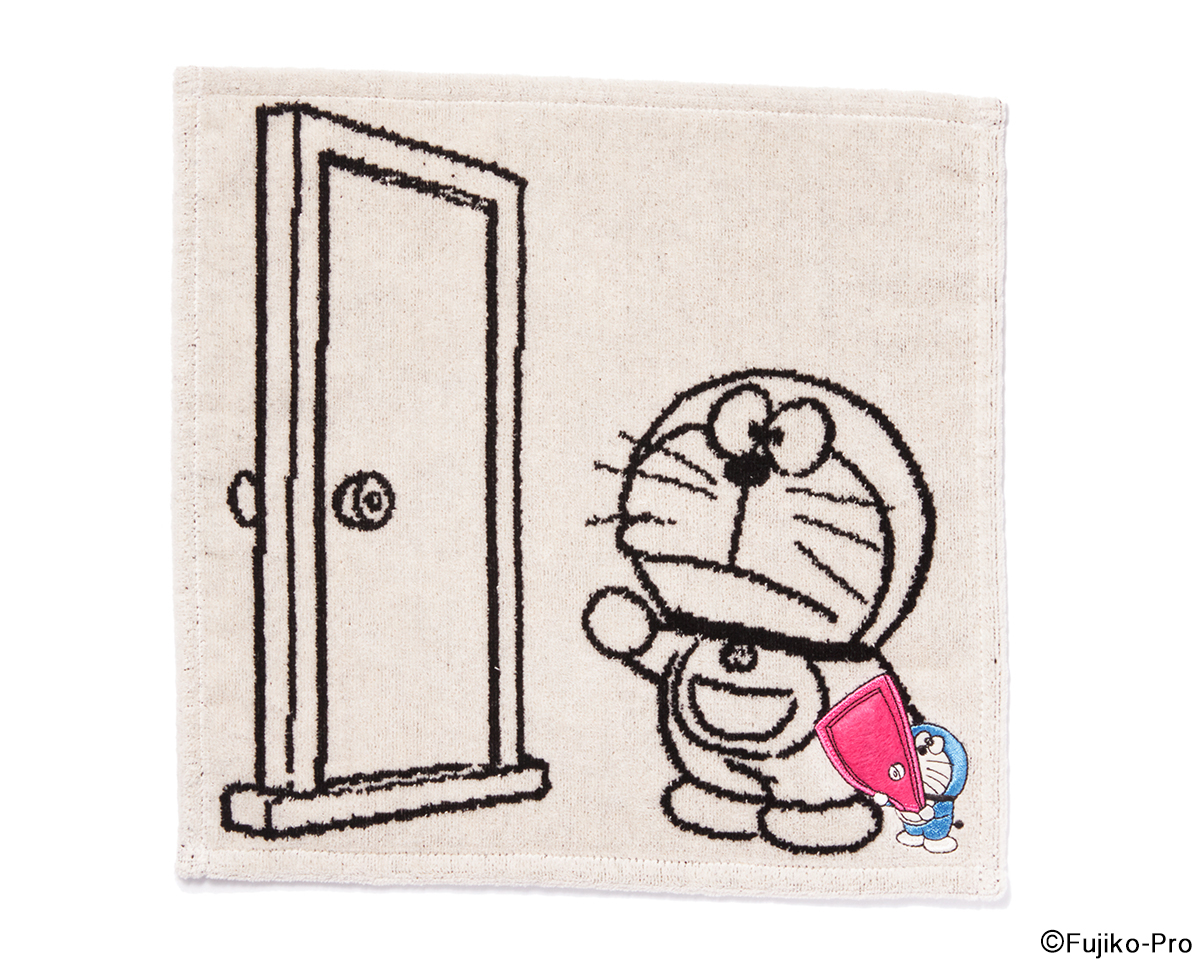 開けば、どこでも行きたい場所へ行ける「どこでもドア」。ドラえもんのハンカチタオル WARP-DORAEMON