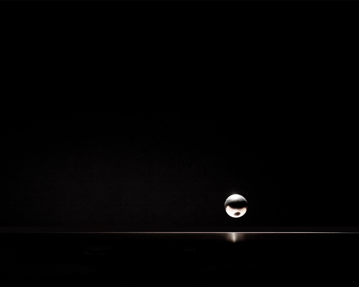 あなたの「時間」を視覚化する、磁力で浮遊する「時の球体」。あなたの物語を軌道に旅をする時計|Flyte STORY
