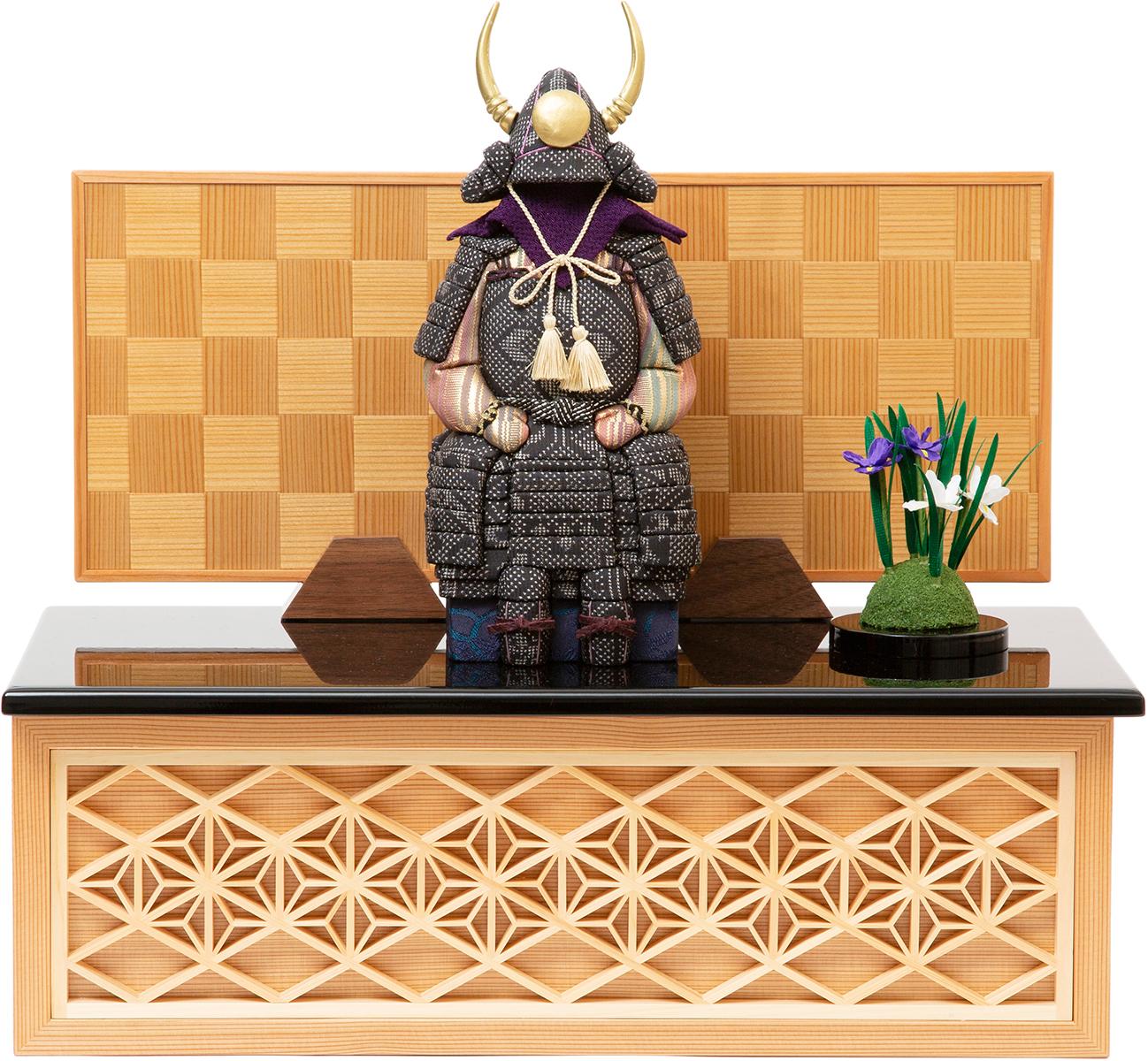 鎧飾りをおしゃれに、コンパクトに飾りたい」なら、《四角形・大》6つの日本伝統工芸をコンパクトにした、木目込の「プレミアム鎧飾り」| 宝輝 | 柿沼人形