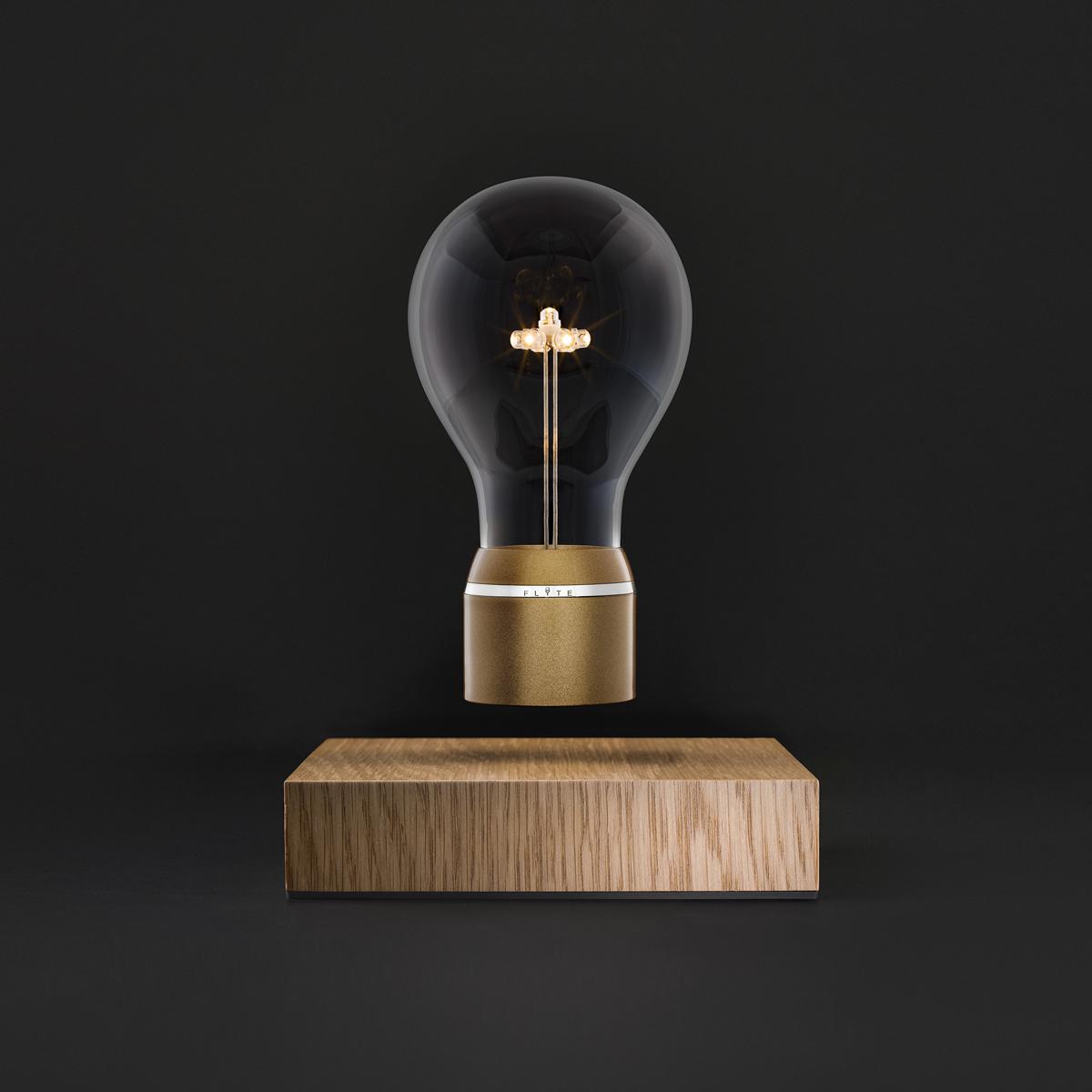 磁力で宙に浮くLED電球(Royal) | FLYTE