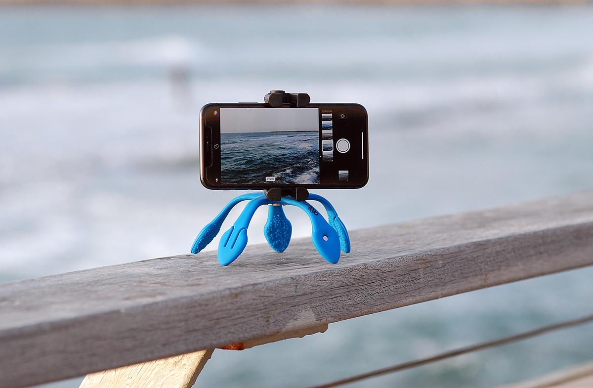 自立させて、定点撮影|柔軟な5本足でスマホやカメラをどこにでも固定!薄くて、軽くて、コンパクトなスマホ&カメラ用スタンド| miggo