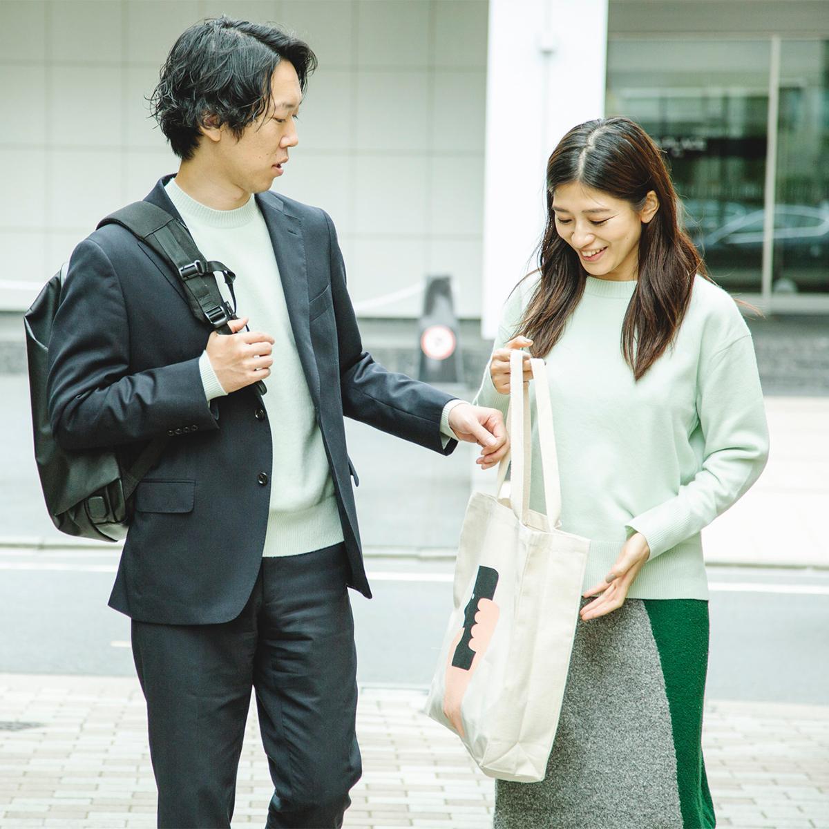日本の高度な技術で実現、長年着られる高い品質。世代を超えて着られる上質なカシミアニット|SANYO(三陽商会)