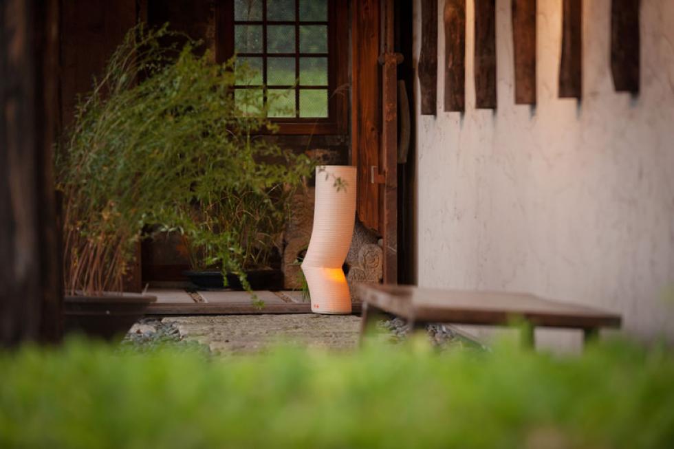 日本の伝統文化の明かりでモダンなリラックス空間を作る 提灯型ランプ(インテリア ライト 照明)| 梅 - 鈴木茂兵衛商店 SUZUMO CHOCHIN(すずも提灯)